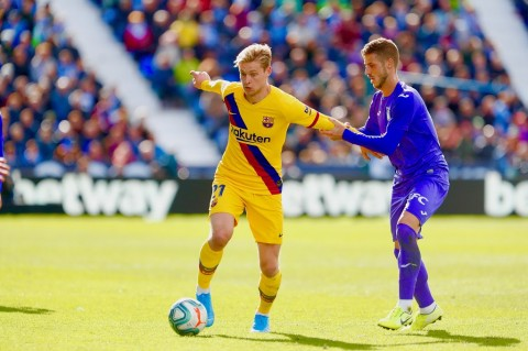 Barcelona Susah Payah Kalahkan Tim Juru Kunci