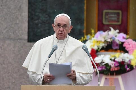 Paus Fransiskus Serukan Penghentian Senjata Nuklir di Jepang