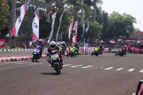 Pembalap Tuan Rumah Tampil Cemerlang di Final Honda Dream Cup