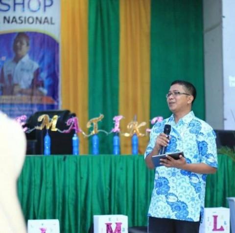 Khairuddin, Menggerakkan Pendidikan Lewat 'Tol Langit'