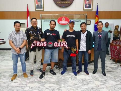 Polisi Malaysia Bebaskan 2 Suporter WNI yang Ditahan