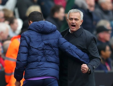 Spurs Beradaptasi dengan Mourinho