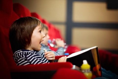 Tips Mengajak Anak ke Bioskop