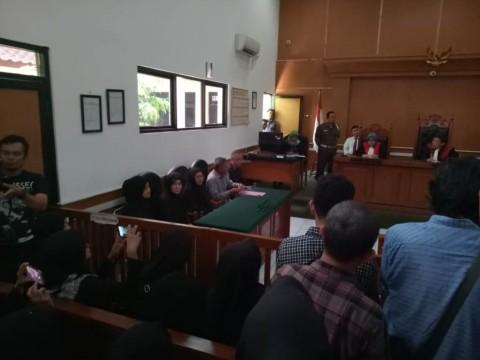 Rapat Musyawarah Hakim Menunda Putusan Perdata First Travel