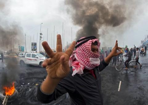 13 Tewas Tertembak dalam Protes AntiKorupsi di Irak