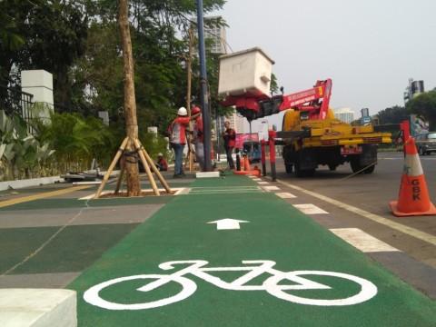 Puluhan Pengendara Masuk Jalur Sepeda Ditindak