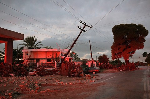 Tiga Orang Tewas dalam Badai di Yunani