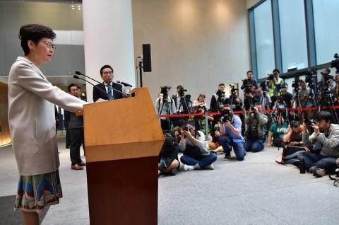 Pemimpin Hong Kong Akui Hasil Pemilu