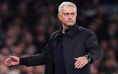 Cara Mourinho Bikin Tottenham <i>Comeback</i>