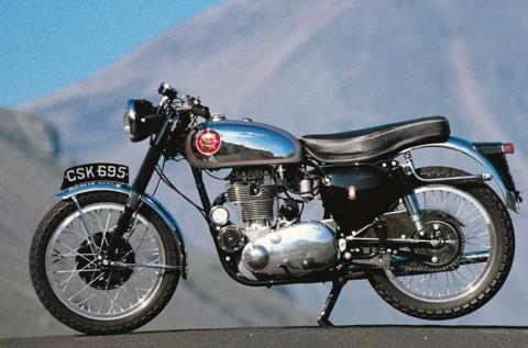 Intip Kemolekan Motor Klasik BSA DBD34 Gold Star