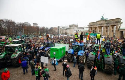 Terancam Bangkrut, Petani Jerman Menentang Pemerintah