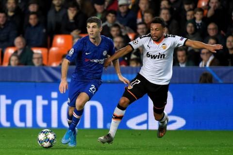 Valencia Paksa Chelsea Main Imbang
