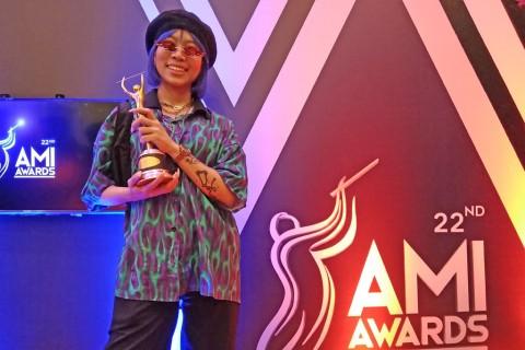 Cashmere dari Ramengvrl Dinobatkan sebagai Karya Rap/Hip Hop Terbaik AMI Awards 2019