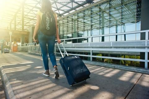 Tips Terhindar dari Flu saat <i>Traveling</i>
