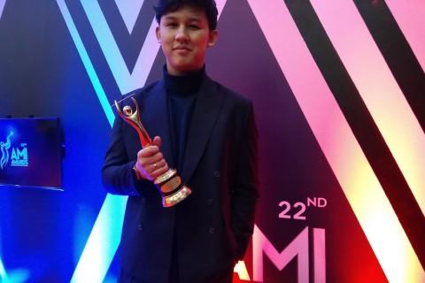 Jevin Julian Tak Menyangka Menang AMI Awards 2019