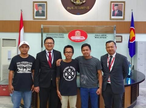 Sebar Hoaks, Suporter Indonesia Dibebaskan Malaysia
