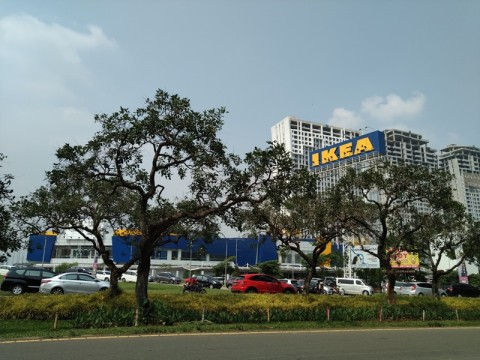 IKEA Sentul Manfaatkan Fasilitas Eks Giant
