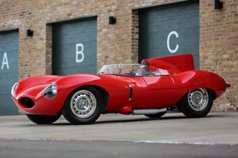 Jaguar D-Type Merah Klasik, Hanya Dua Unit di Dunia