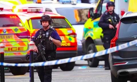 Dua Warga London Tewas Ditikam, Pelaku Ditembak Mati