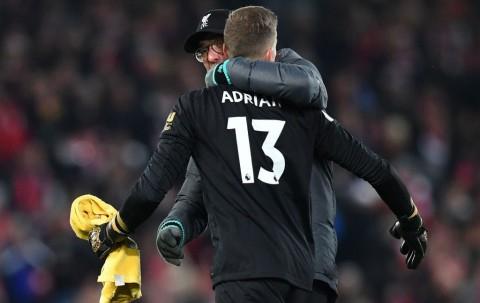 Ketimbang Van Dijk, Klopp Pilih Adrian jadi Pemain Terbaik Pertandingan