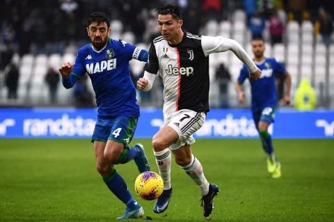 Penalti Ronaldo Selamatkan Juve dari Kekalahan