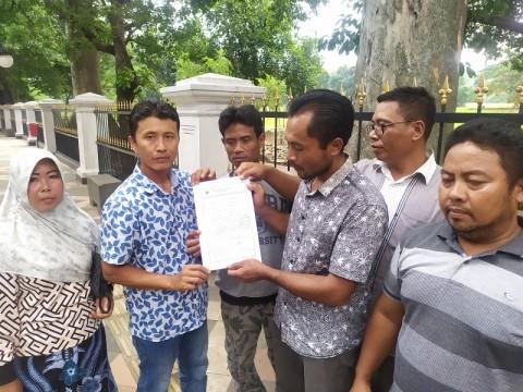 Warga Dusun Pancer Tagih Sertifikasi Tanah ke Jokowi