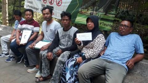 Warga Banyuwangi Bertahan di Istana untuk Bertemu Jokowi