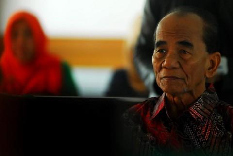 ICW Minta Jokowi Cabut Grasi Annas Maamun