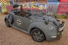 Volkswagen Beetle Cabrio Ini Terinspirasi Perang Dunia II
