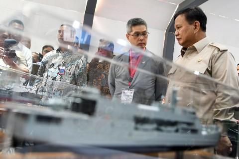Menhan Tinjau Pameran Industri Pertahanan Swasta