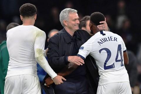 Solskjaer Merasa Fan United Akan Sambut Mourinho
