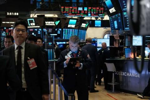 Wall Street Rontok di Tengah Ketidakpastian Perdagangan