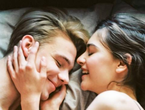 Begini Reaksi Otak dan Emosi ketika Berhubungan Seks
