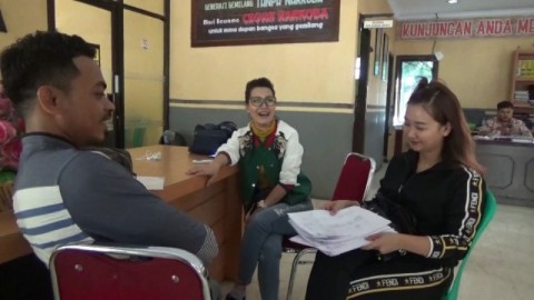 Pelaku Penipuan Arisan <i>Online</i> di Makassar Ditangkap