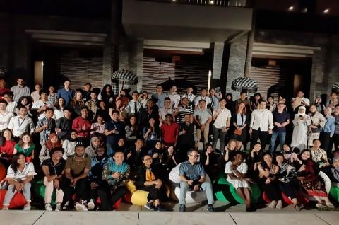 Pelajar 53 Negara Belajar Demokrasi di Indonesia