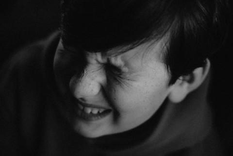 Sengatan Listrik pada Anak dan Penanganannya