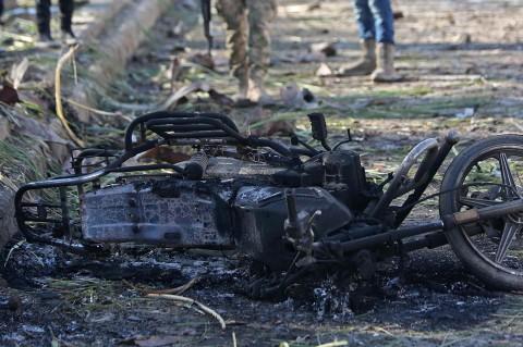 Bom Mobil Hadang Konvoi Tentara Turki di Suriah