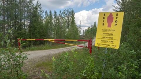 Penyelundup Manusia Bangun Pos Perbatasan Rusia-Finlandia Palsu