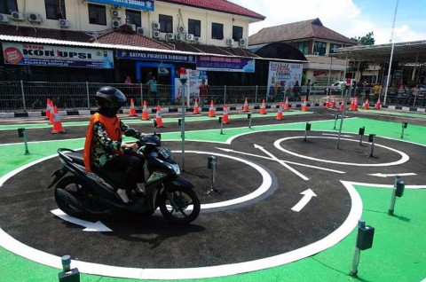 Polda Metro Jaya Resmikan Sistem Uji Praktik SIM e-Drive