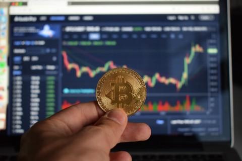 Masyarakat Masih Perlu Edukasi tentang <i>Cryptocurrency</i>