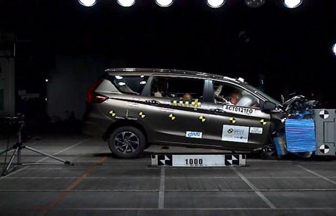 Suzuki Ertiga Indonesia Lebih Aman dari Ertiga India? Ini Penyebabnya