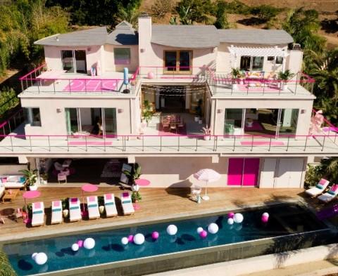 Ada Rumah Barbie di Malibu