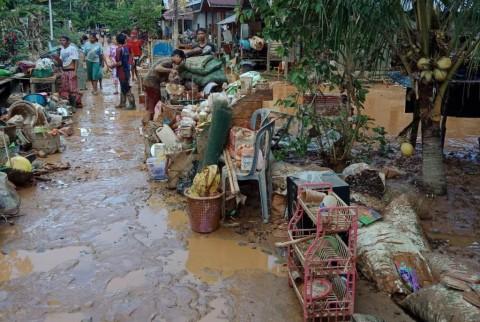 Banjir Melanda Tiga Kabupaten di Kalbar