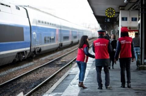Demo Pensiun Prancis Berlanjut, Transportasi Publik Terganggu