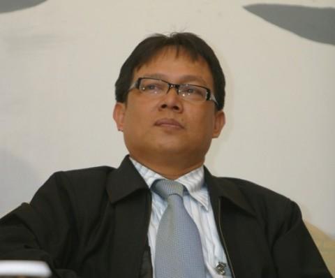 Ekonom: Jangan Bandingkan Bank di Indonesia dengan Singapura