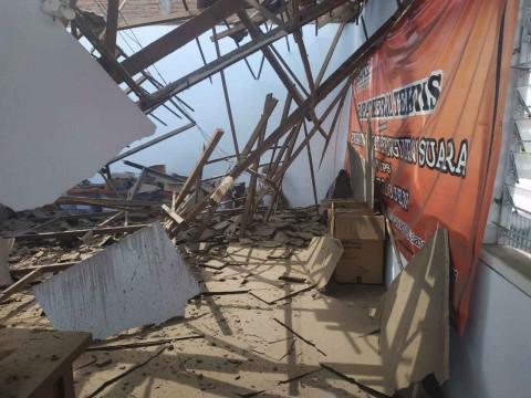 Ruang Arsip Bawaslu Kota Malang Ambruk