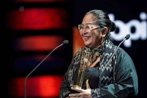 Penghargaan Lifetime Achievement FFI 2019 Diberikan kepada Ade Irawan