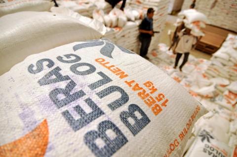 Beras Bulog Rusak Bukan karena Kebijakan Impor