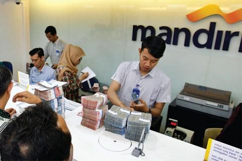 Saham Bank Mandiri Terus Bergerak Menghijau