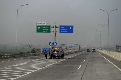 Waspada Potensi Bahaya Berkendara di Jalan Tol Cipali